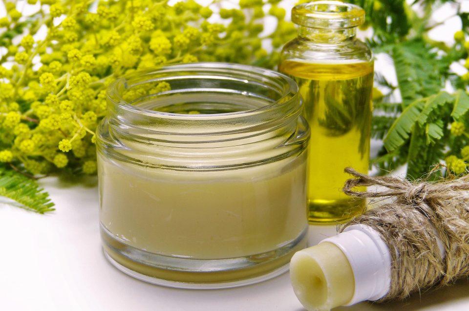 Baume lèvres nourrissant au beurre de miel et orange